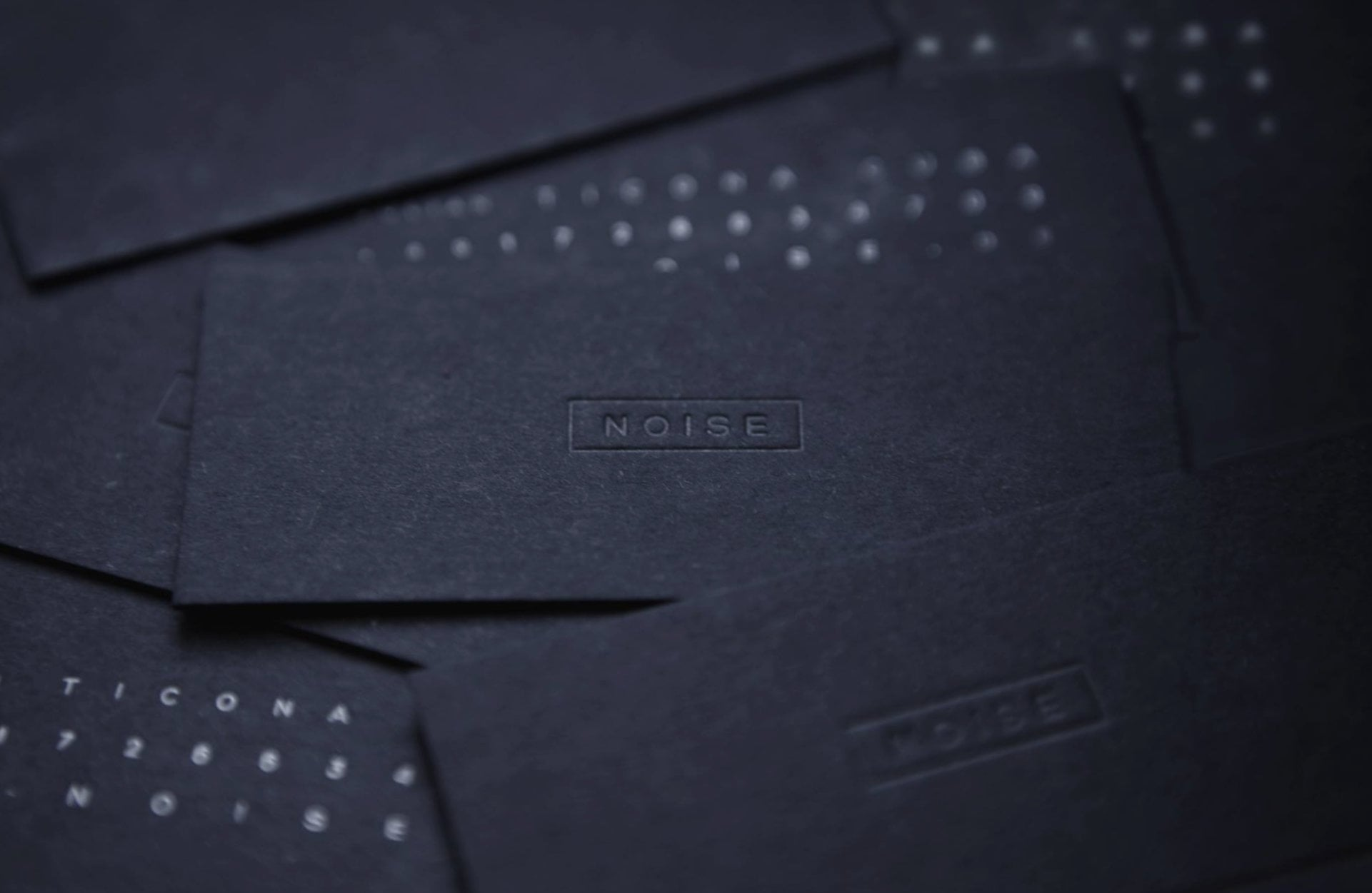 NOISE - black business cards